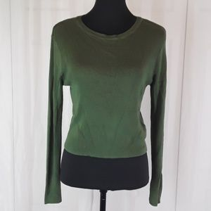 Divided by H&M sz L green ribbed crop sweater.